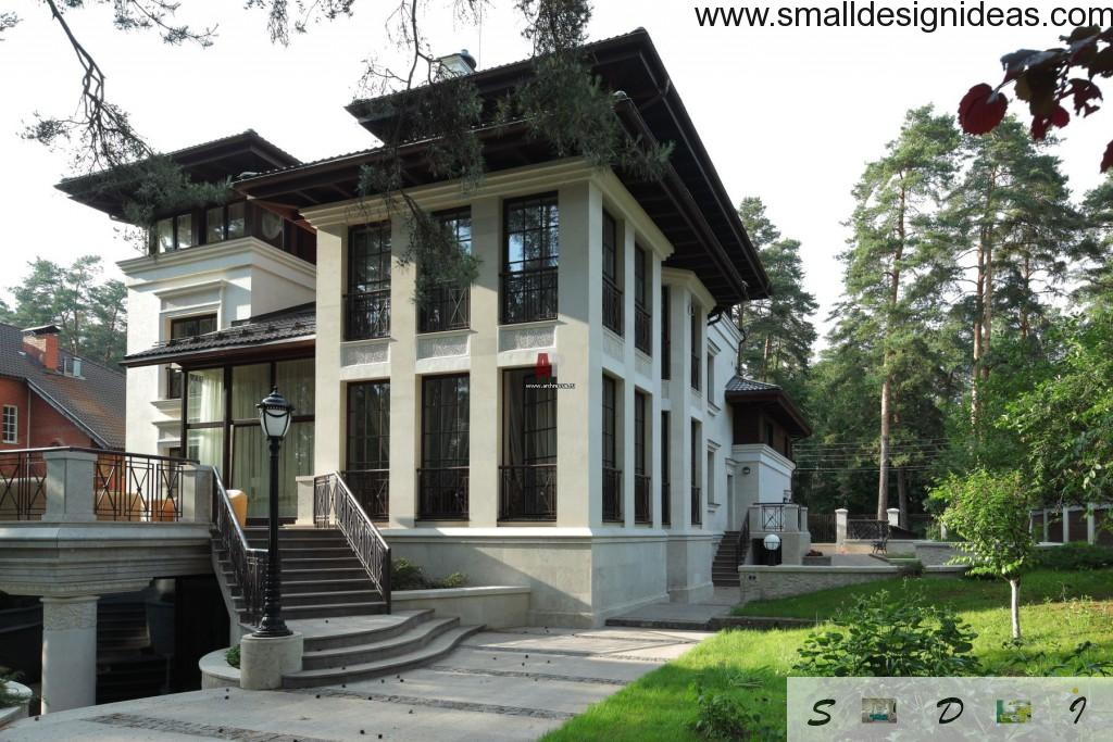 Restrained oriental archintectural style in facade trimming of private apartment