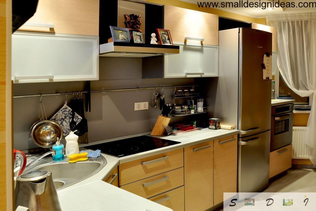 Contenporary kitchen in Modern style