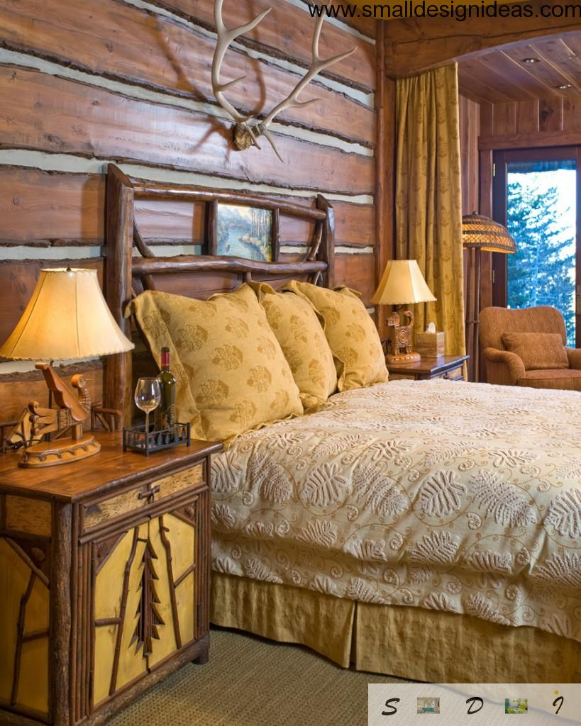 Antlers above the bed makes the interior as hunting lodge