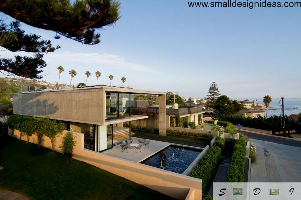 Minimalistic admirable house design with the pool