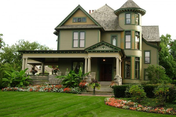 Modern facade house is the combination of different styles such as French, modern, American country and Brittish