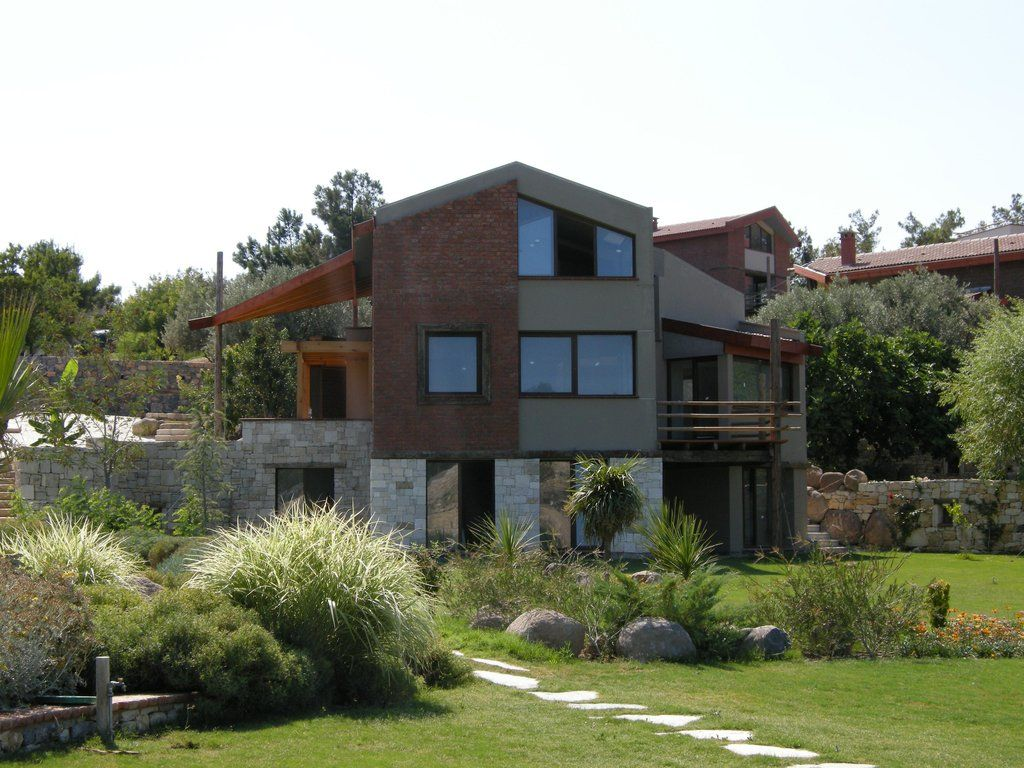 Modern house facade design for Brick and stone house facades