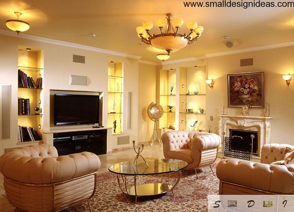 Wallwide shelf in the living room