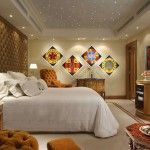 Painting as a way to decorate the bedroom