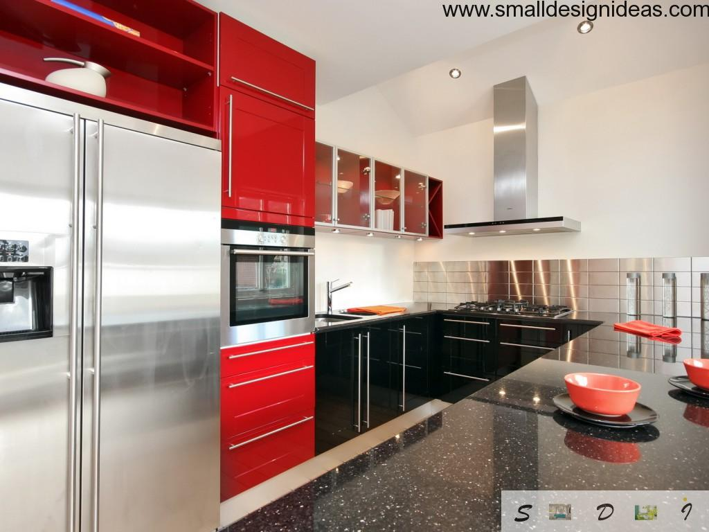 Small Tips For Tiny Kitchen. Modern hi-tech small kitchen style