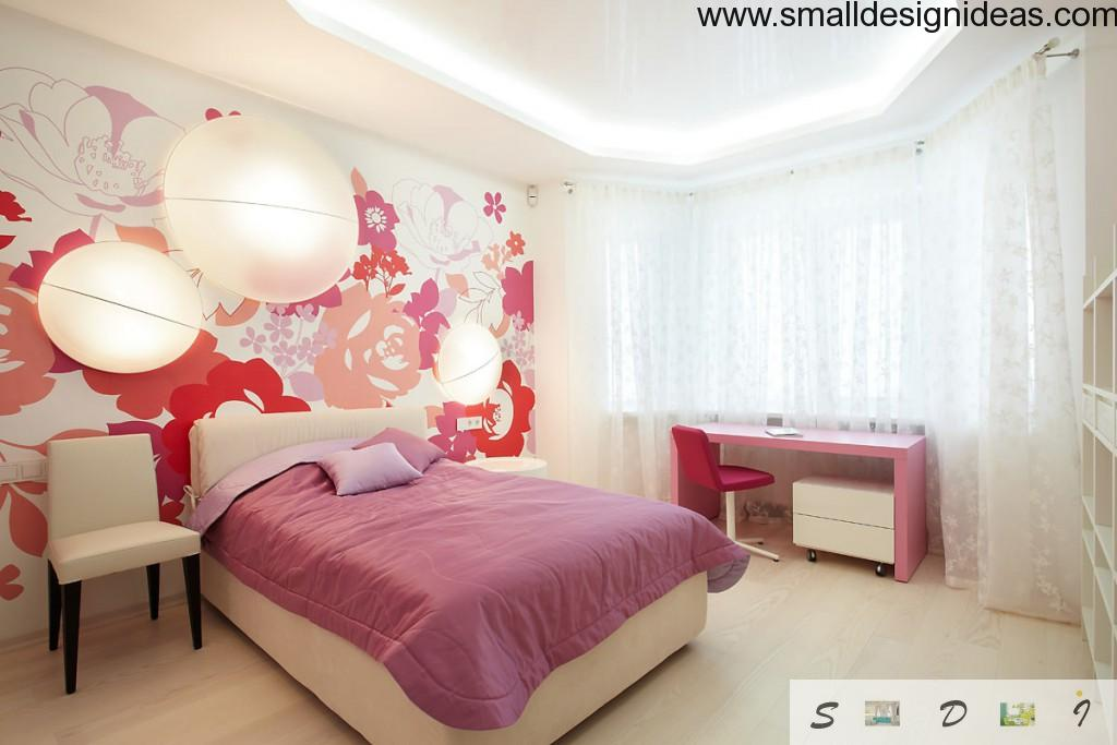 Rose tones as an Orient motif of the bedroom design