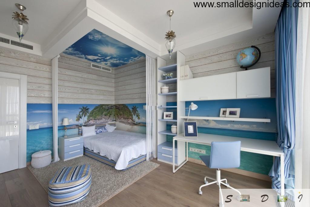 Marine motif of the bedroom design