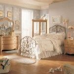 vintage style apartment design ideas for creamy colored bedroom