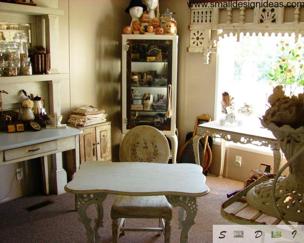 Small vintage room furniture
