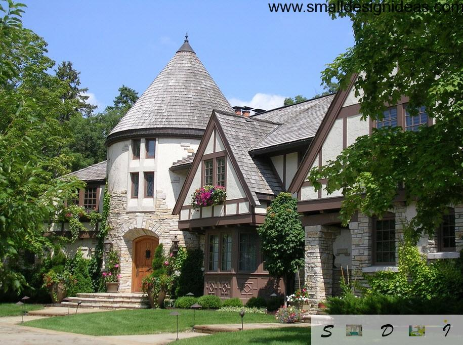 Gray roof tile and tower-like entrance makes the house noble and representative