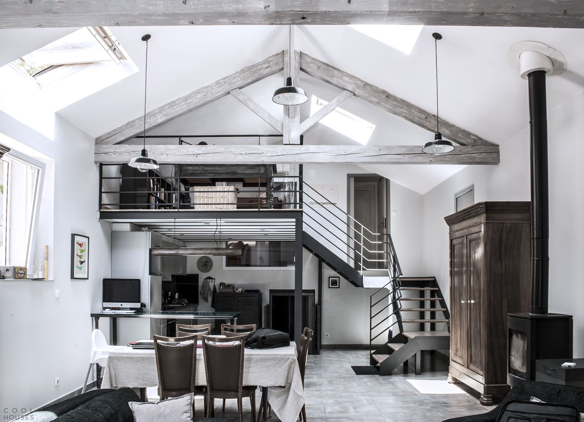 Shabby chic loft apartment: local shabby chic style romance and ...