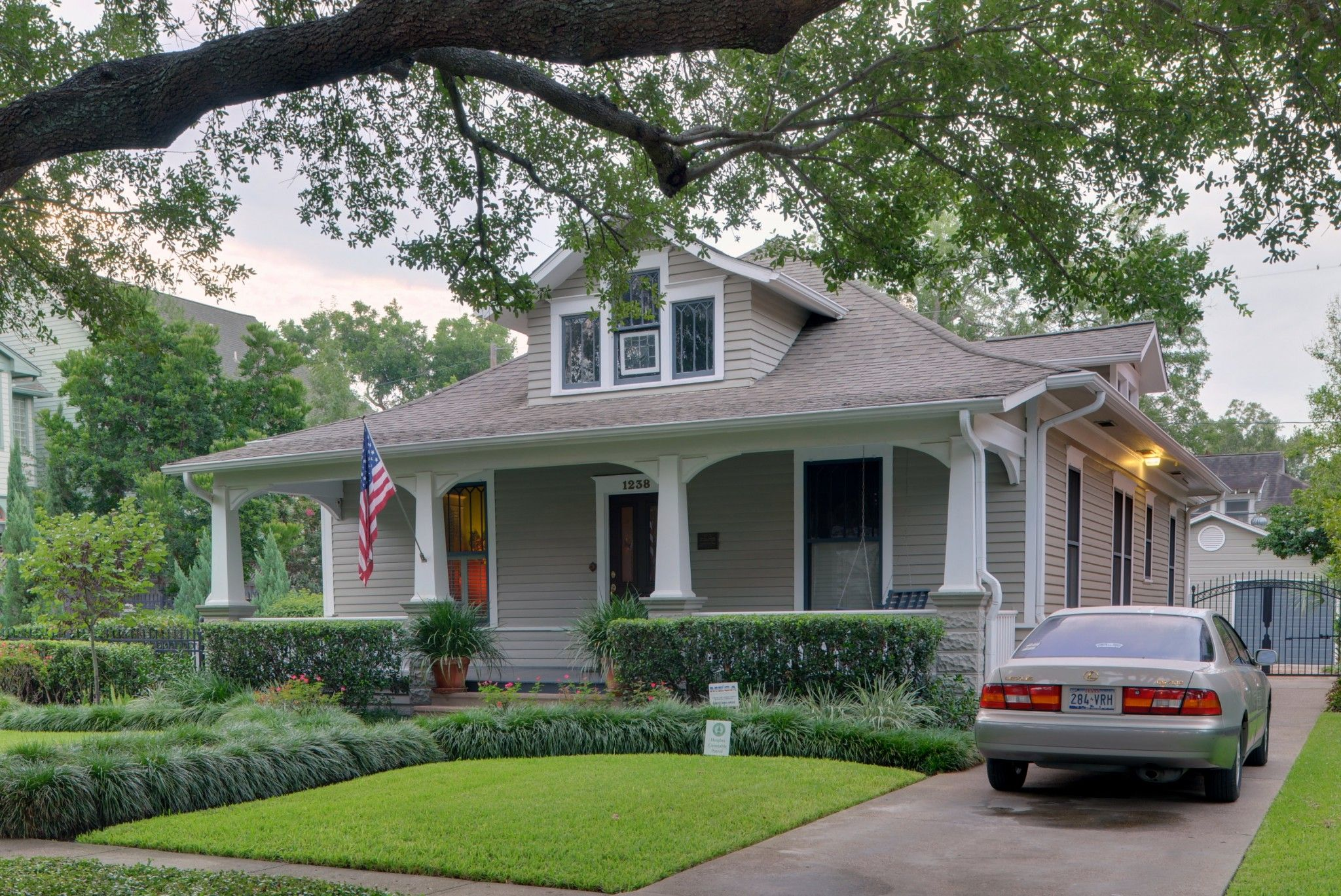 Craftsman bungalow traditional exterior minneapolis by richard - 1940s Cottage Shake Shingle Gable Google Search Siding Exterior Pinterest Shake Shingle And Exterior