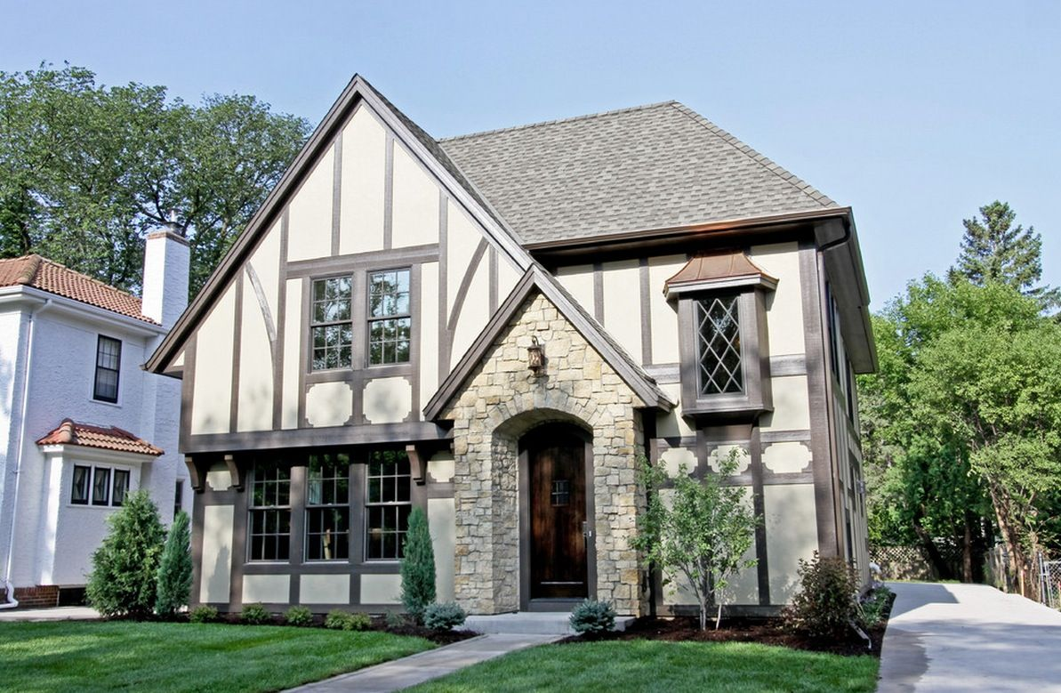 Brick and stone for the designing of Tudor style estate