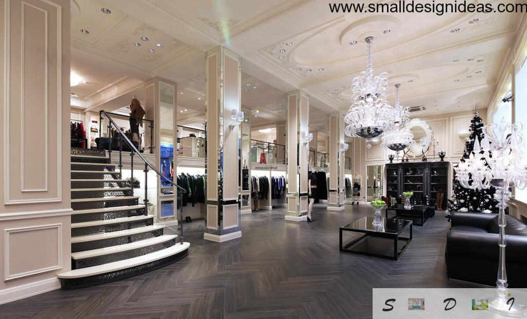 Big trading mall in the Empire style with silver shades and mirrors. Carved stucco at the ceiling and crystal chandeliers amplifiy the atmosphere of royalty