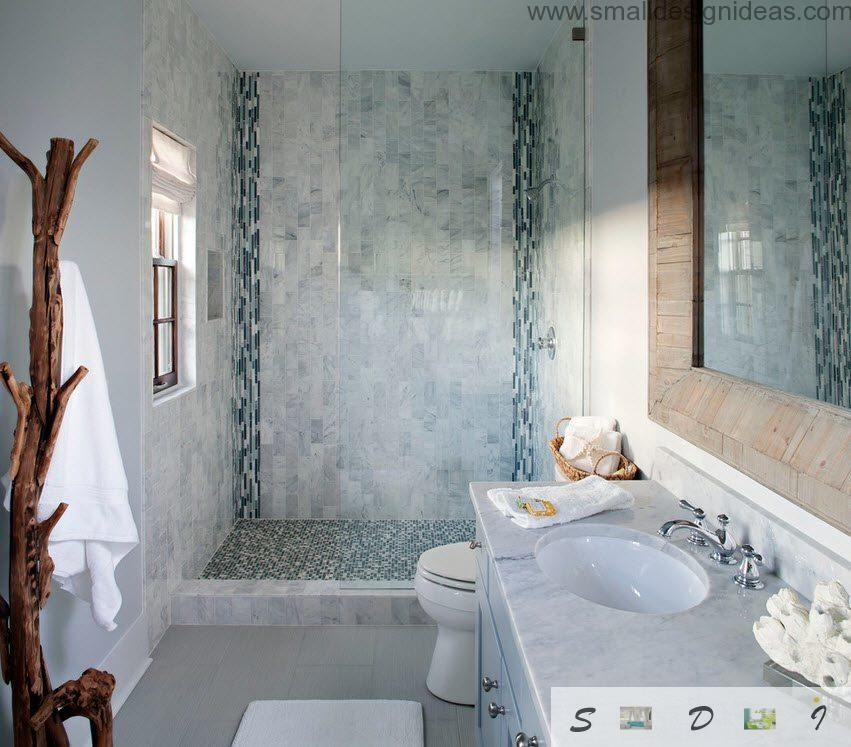Marble tile irnamrntation in contemporary bathroom interior