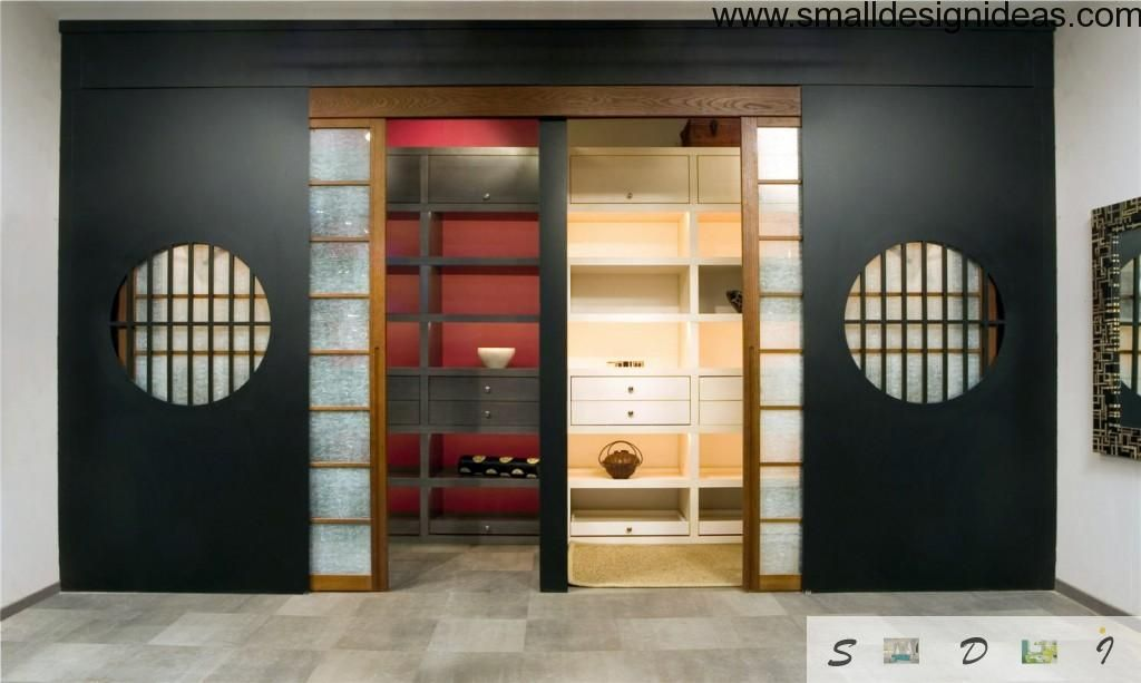 Fitted in wardrobe in the Japanese interior style