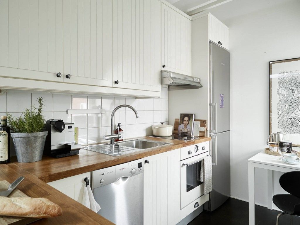White and silver small kitchen design ideas