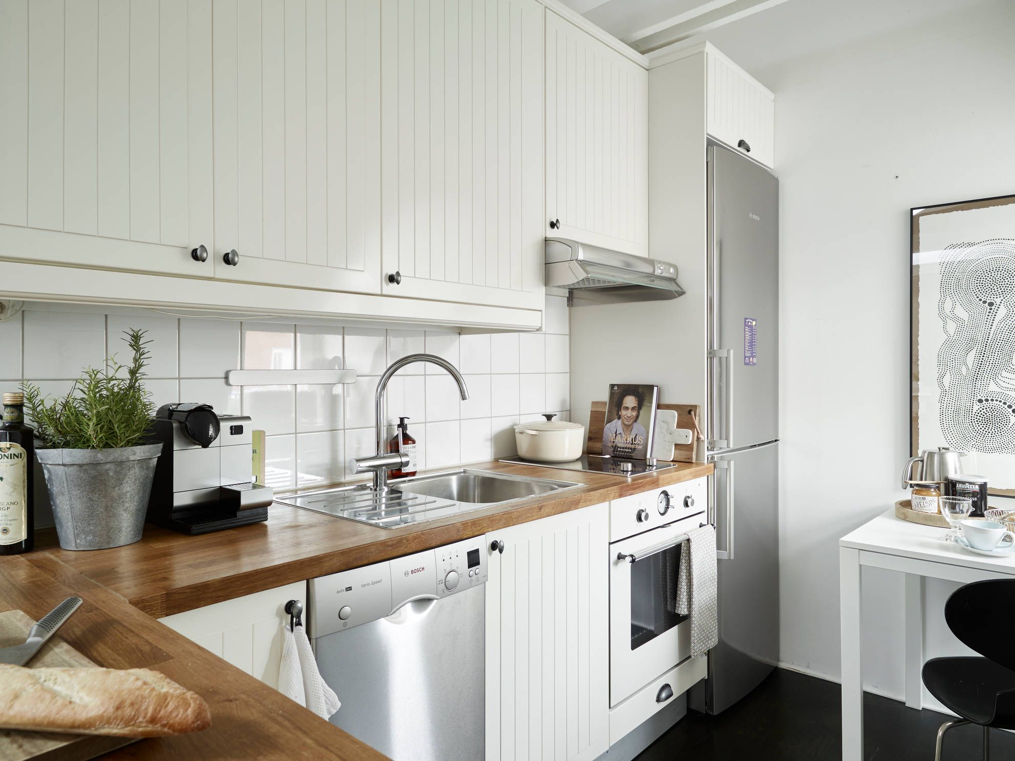 Placing Appliances In A Small Kitchen, You Need To Watch, To Avoid Clutter  And Narrow Passages. The Best Option Is Built In Appliances, Creating With  ...