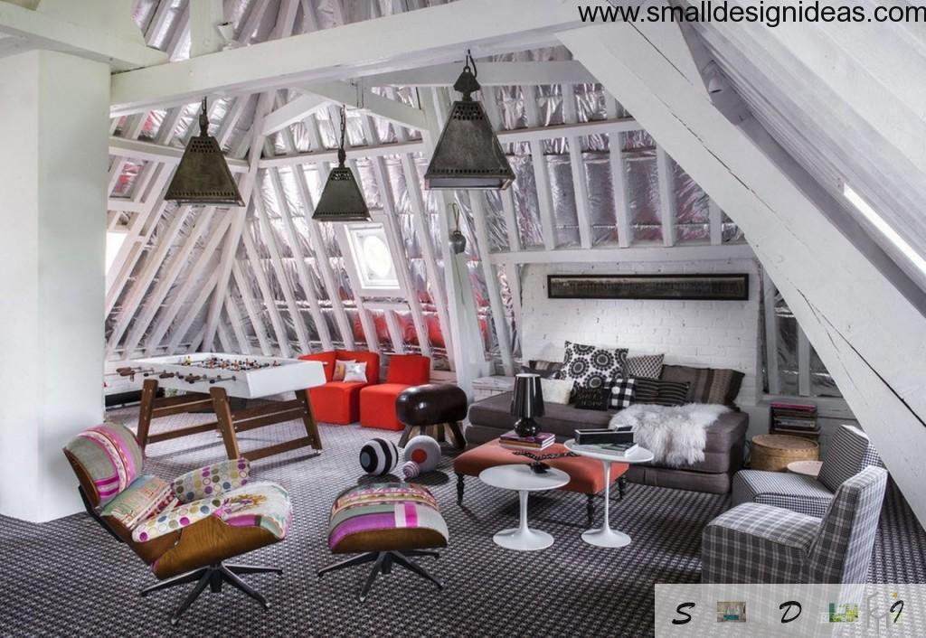 Eclectic cloping ceiling from glass living room with original lights