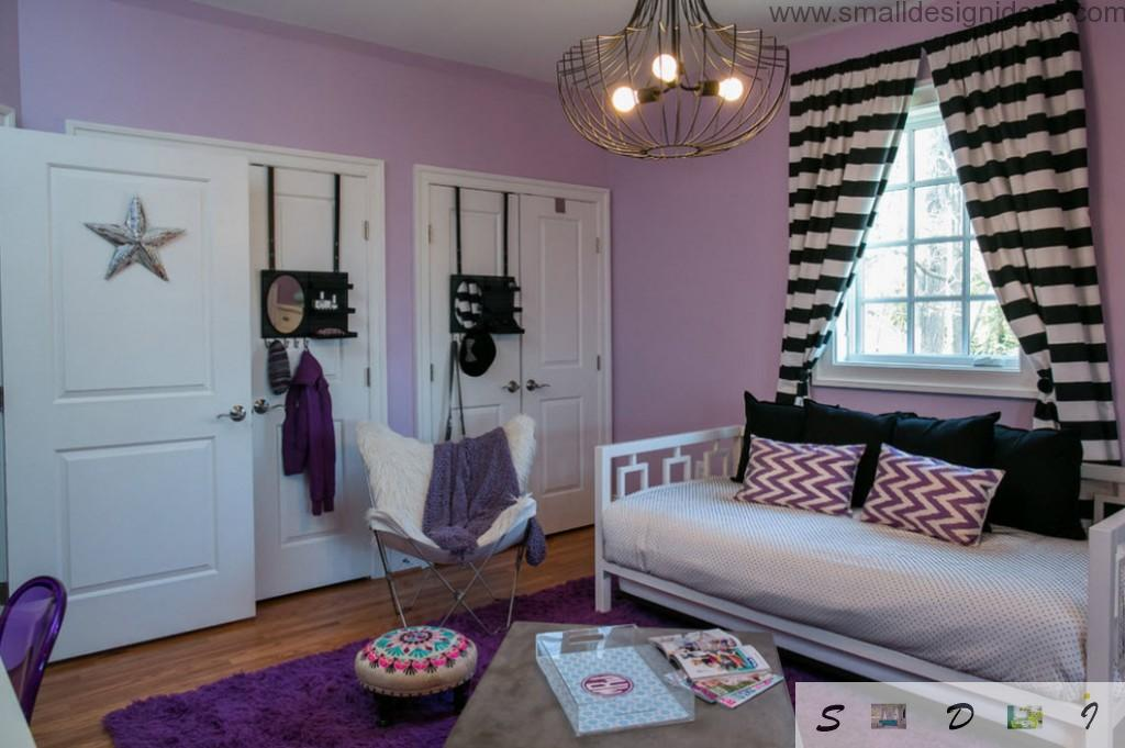 room with unique design solutions in the decoration of the teen girl bedroom