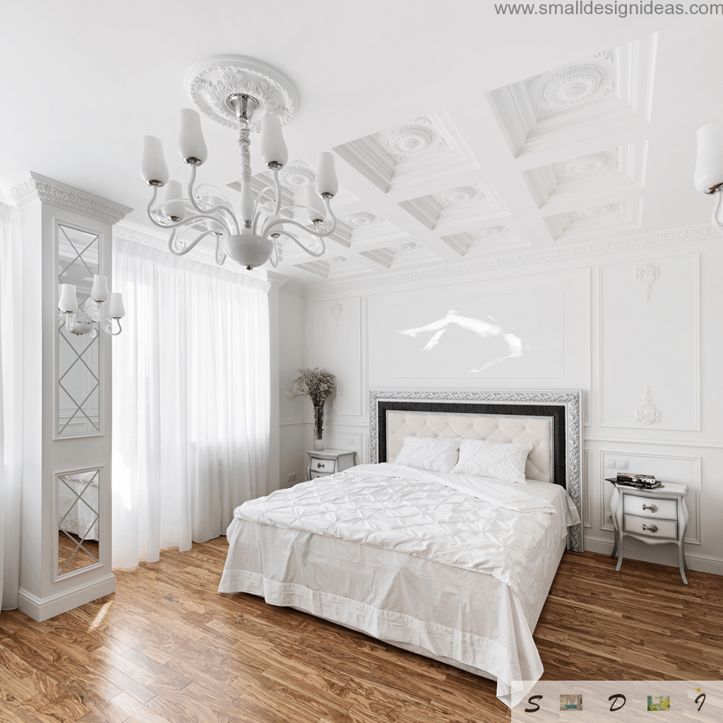 It is difficult to imagine the richness of stucco on the ceiling and wall decor in any other color than white