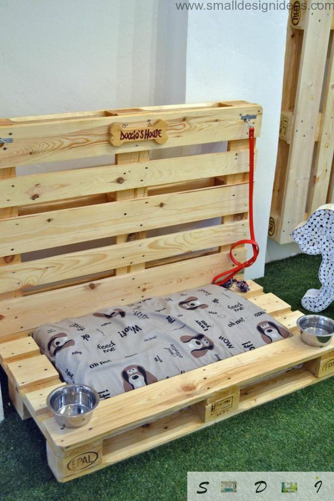 Indoor Outdoor Universal Pallet Furniture Ideas. Dog`s tray made of building pallets with own hands