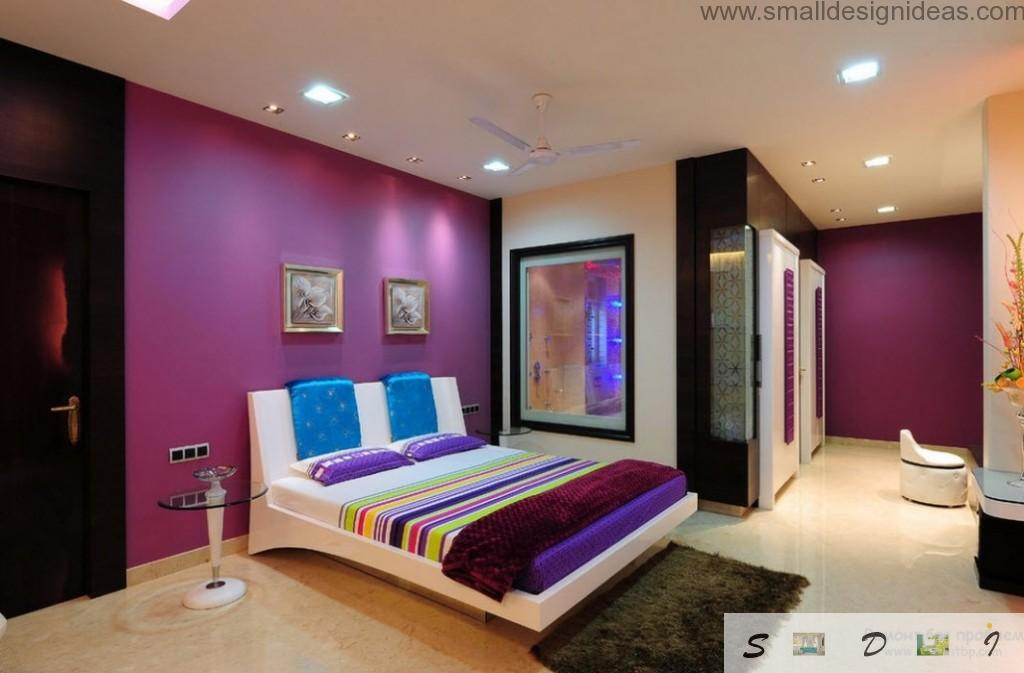 Rainbow coloration in the purple room with dark and light accents