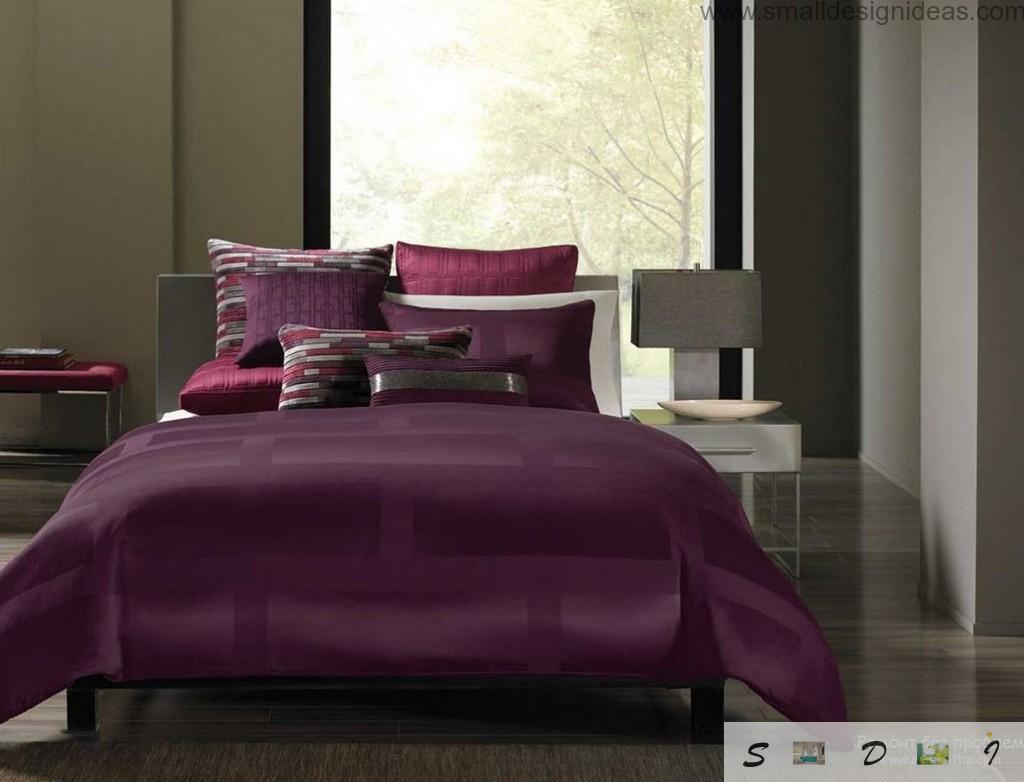Dark purple color palette in the modern bedroom