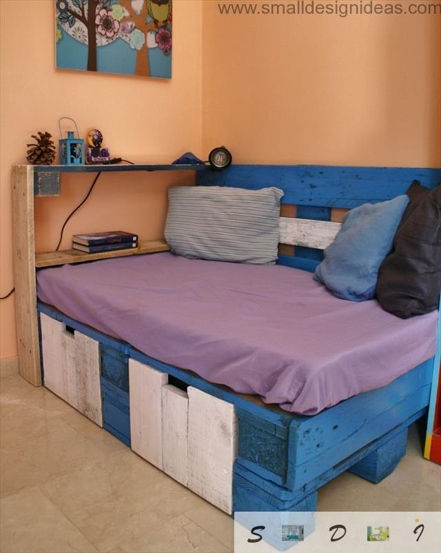 Colorful pallet handmade bed for teens with storage drawers