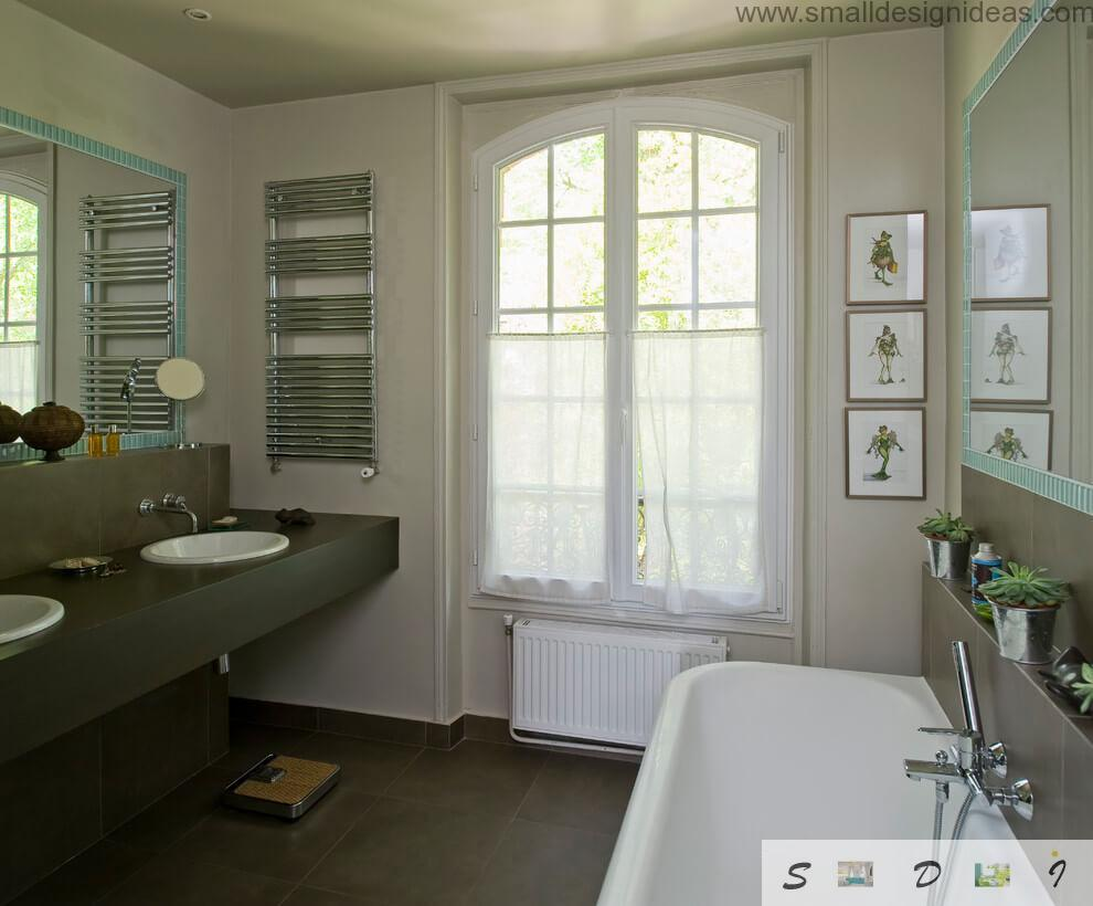 Original alloy of the design styles in the bathroom if the private house: notes of minimalism, vintage, rustic are here