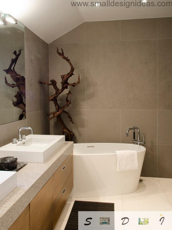 Old decorative wooden root as in the vrown themed small bath