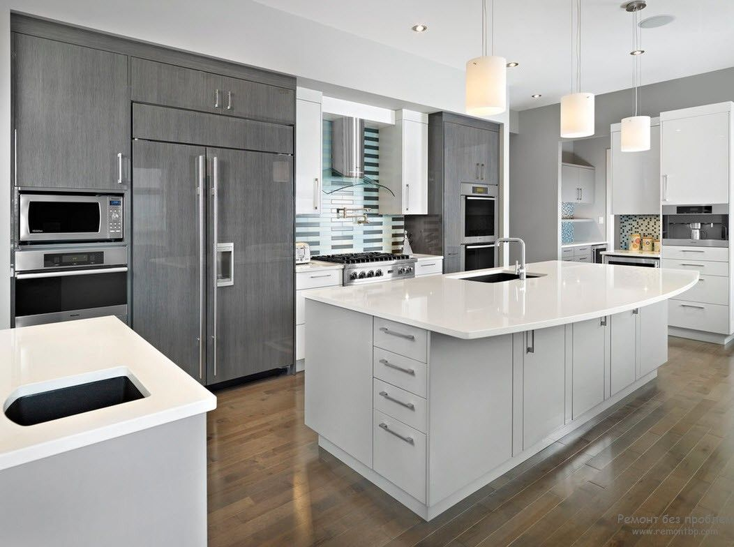 Modern kitchens glossy cabinets refacing for Mid range kitchen cabinets