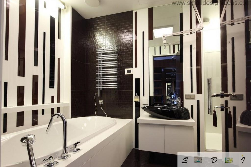 Hi-tech minmalistic contrasting design of the bathroom in Moscow apartment