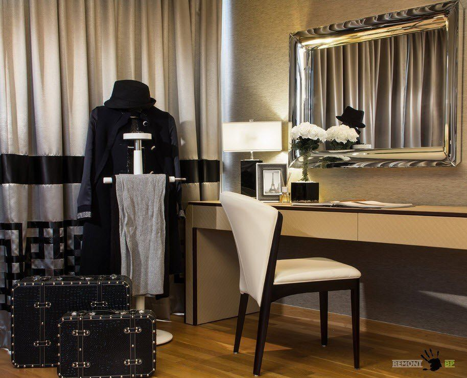 Singapore Apartment Modern Design Ideas. Boudoir and the night table in the modern bedroom