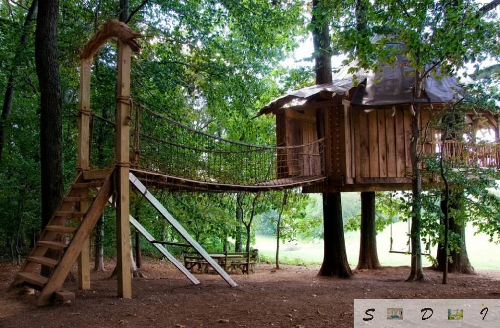 Simple idea to build the tree house with suspended way for games with kids