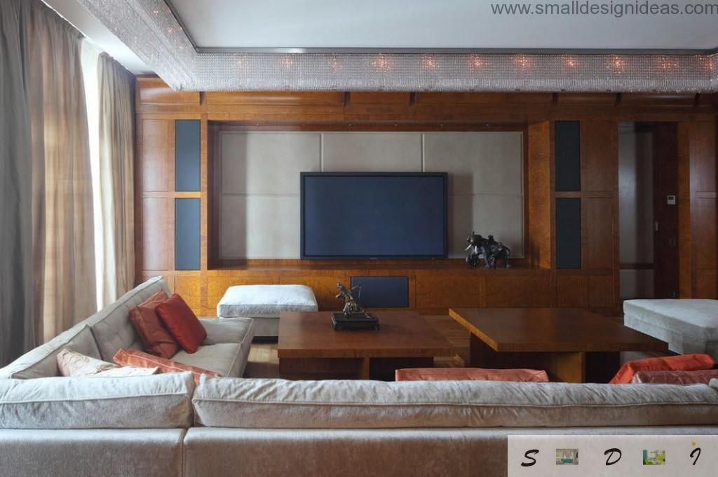 Classic and even little sybarite design in the Moscow apartment full of apliances and wood
