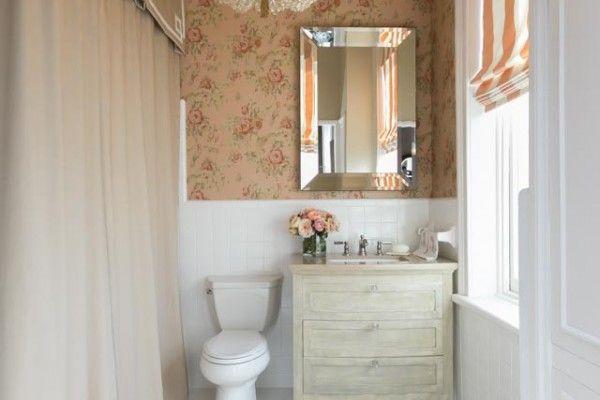 Classic interior of the small bathroom