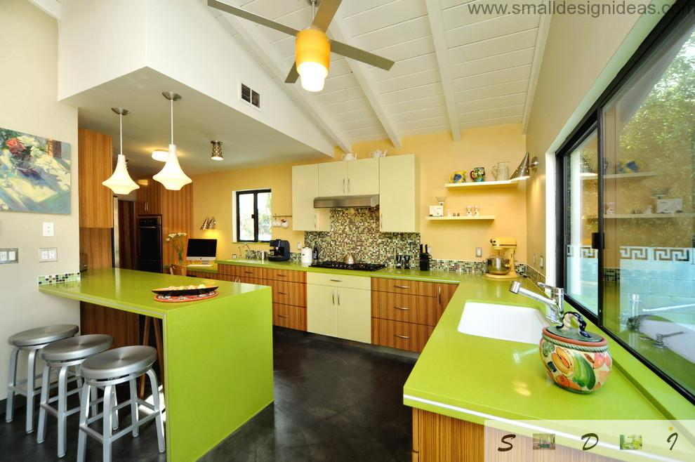 Nice and bold aspid lime contertops and tables in the design of the modern kitchen