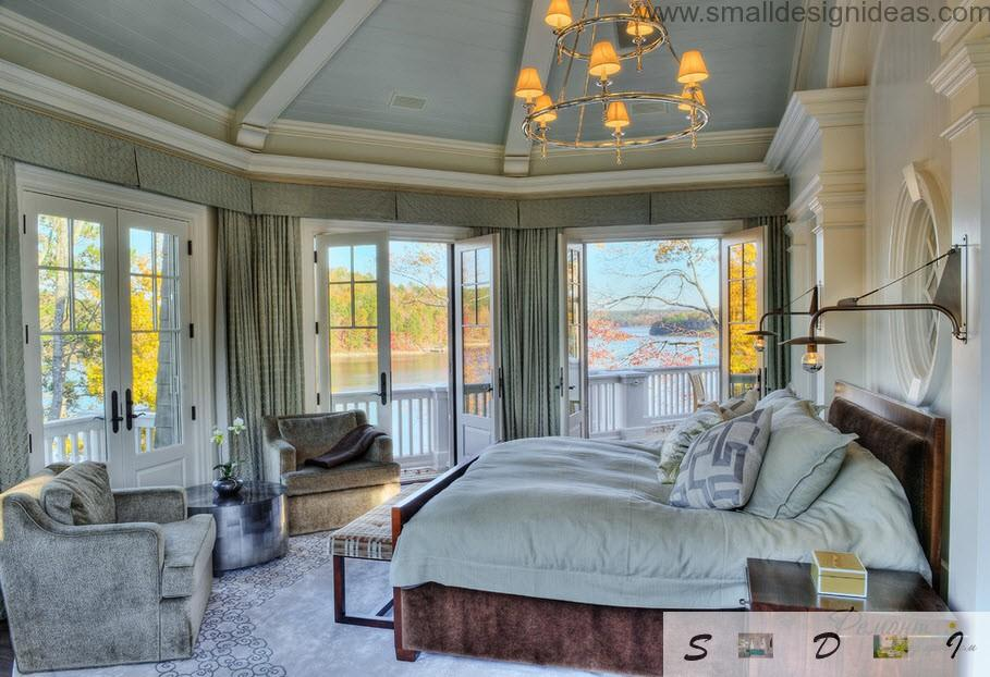 Unusual Provence color gamma with cold ceiling and warm chandelier