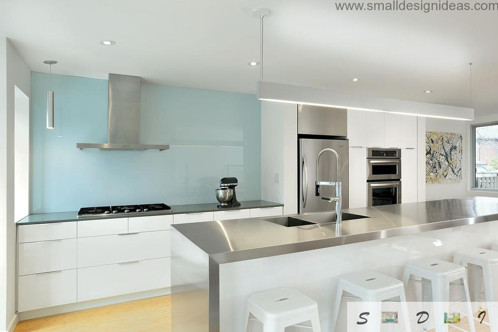 Steel and glass material combination with navy splashback