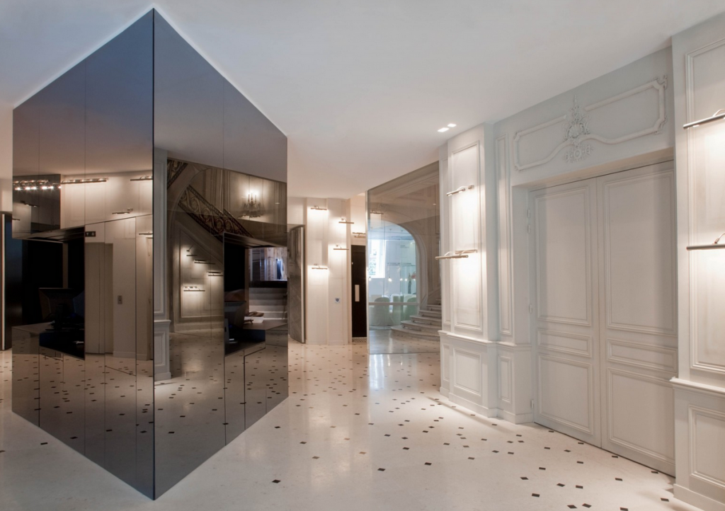 French Apartment Baroque Eclectic Modern Interior Design in the spacious hall room