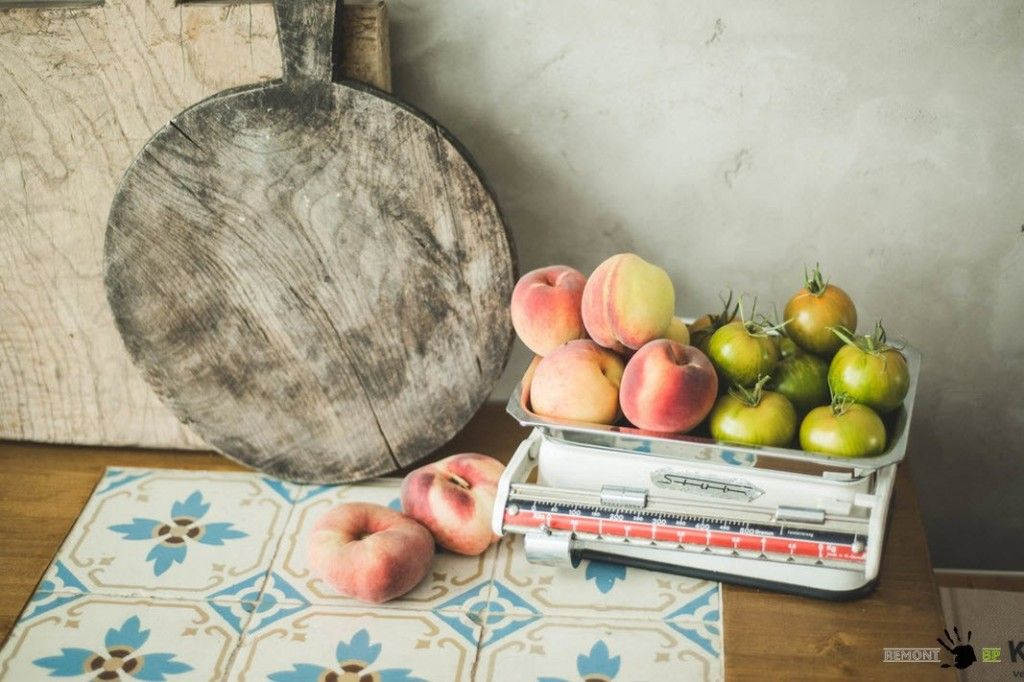 Table decoration in Retro style of European apartment with vintage elements