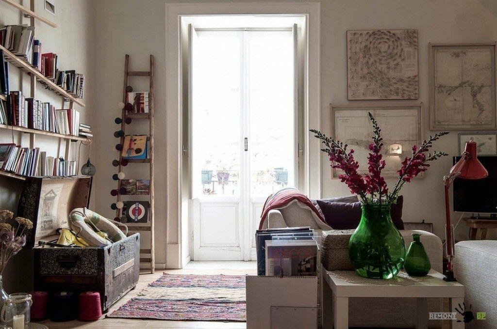 Italian Apartment Modern Interior Design. Eclectic Vintage Mix in the Italian apartment