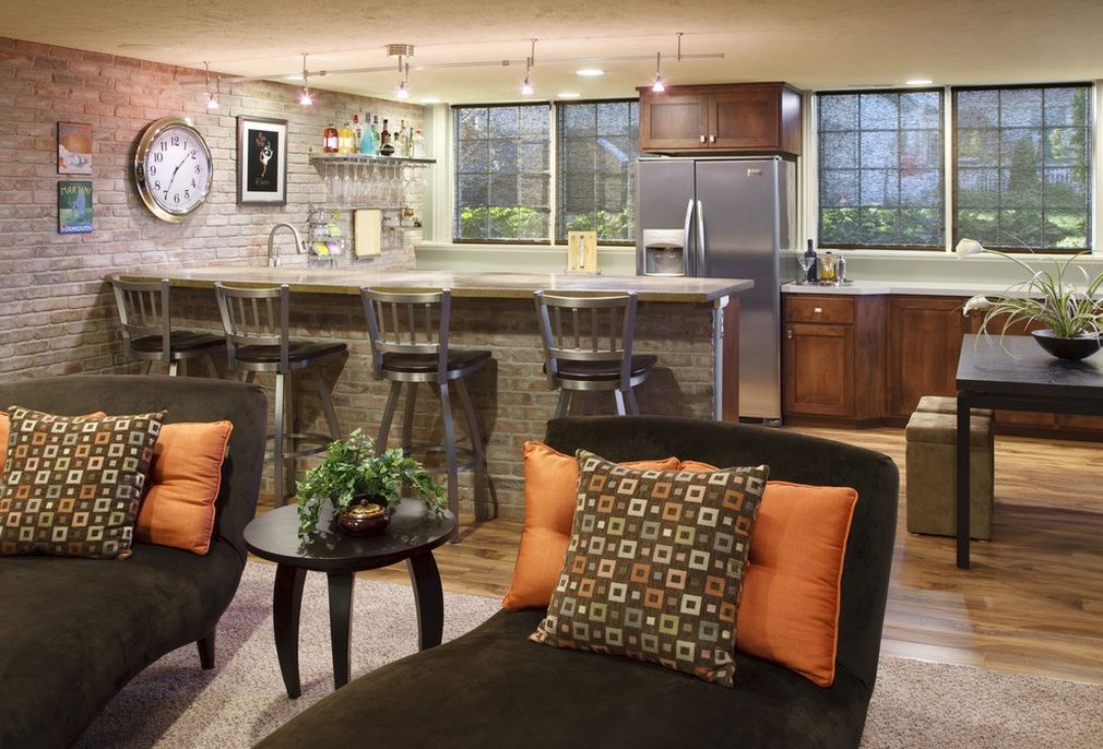 Bar Stools Decorating Bar Counter Kitchen Layout. Nice dark contrasting interior of the kitchen