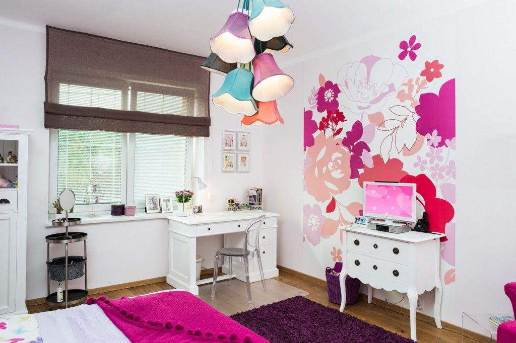 Proper Apartment Interior Lighting Arrangement Ideas. Children1s girlish room with abundance of flowers on the wall print