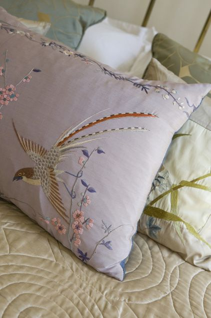 Pillow embroidery interior design ideas for bedroom