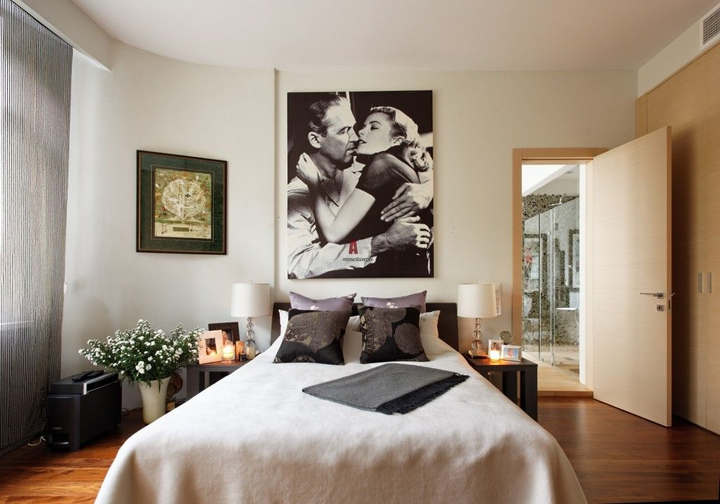 Modern Interior Pictures Placement Advice. Unique movie theme for young couple`s bedroom