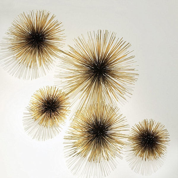 Golden starburst spheres to decorate the dining room