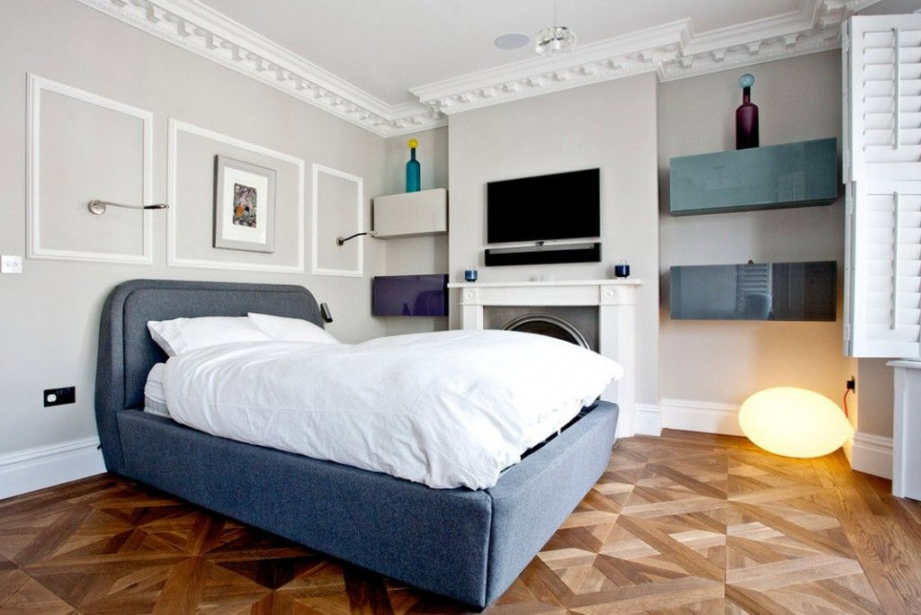 London Bunk Apartment Modern Interior Design Ideas. Traditional and even austere layout atmosphere of the master bedroom