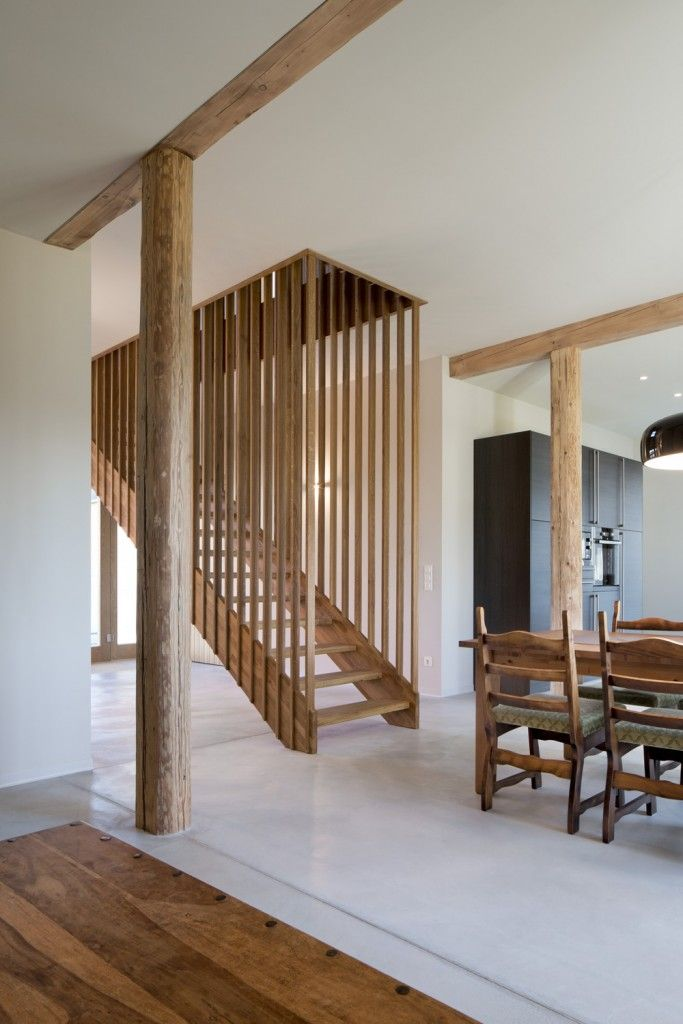 Staircase Modern Constructions Types Design. Unique lattice design of the airy stairway
